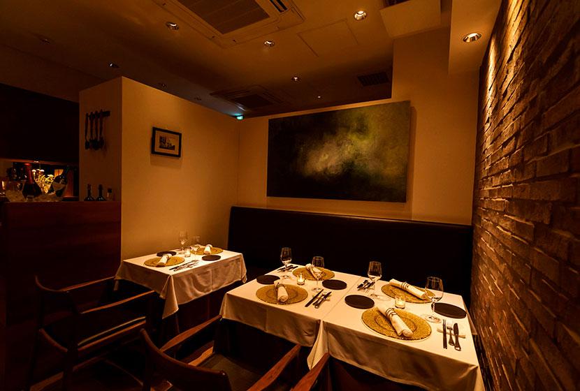 イタリア料理 虎ノ門「タニーチャ」のテーブル席